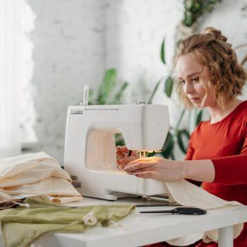Drabužių sukirpimo ir siuvimo mokymo programa (9 sav.) – Šiauliuose