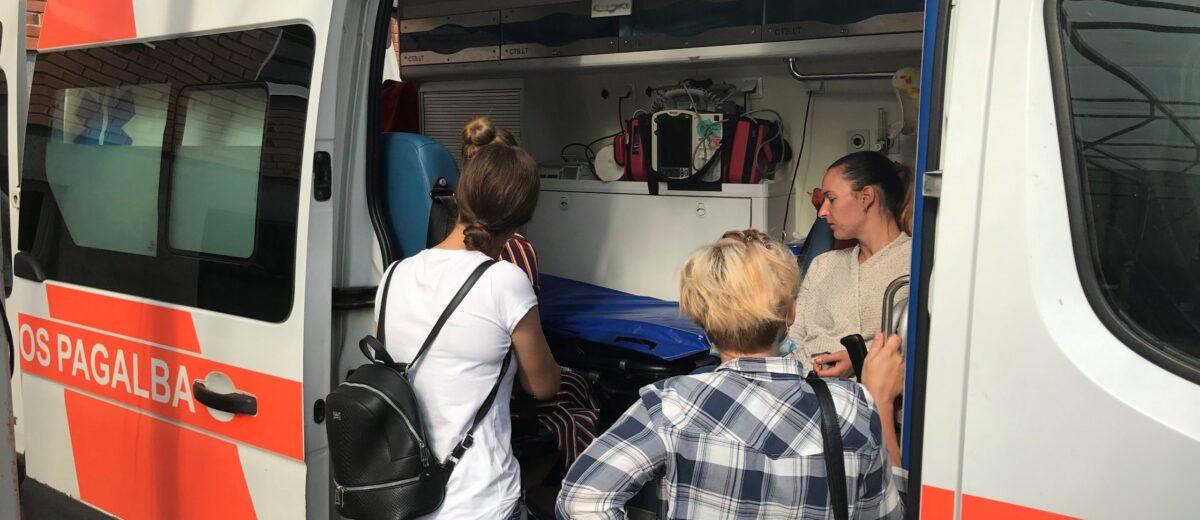 Būsimieji paramedikai Šiaulių Greitosios medicinos pagalbos stotyje